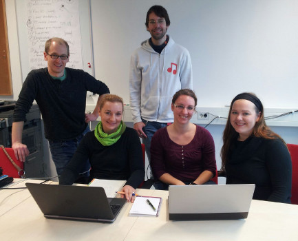 From left - Florian Leese, Kathrin Theissinger, Vasco Elbrecht, Anna Kästel and Jenny Makkonen at the Metabarcoding workshop in Essen in November 2015. (photo by K. Theissinger)