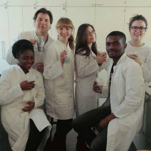 Drinking coffee in the lab (photo by A. Lepilova)